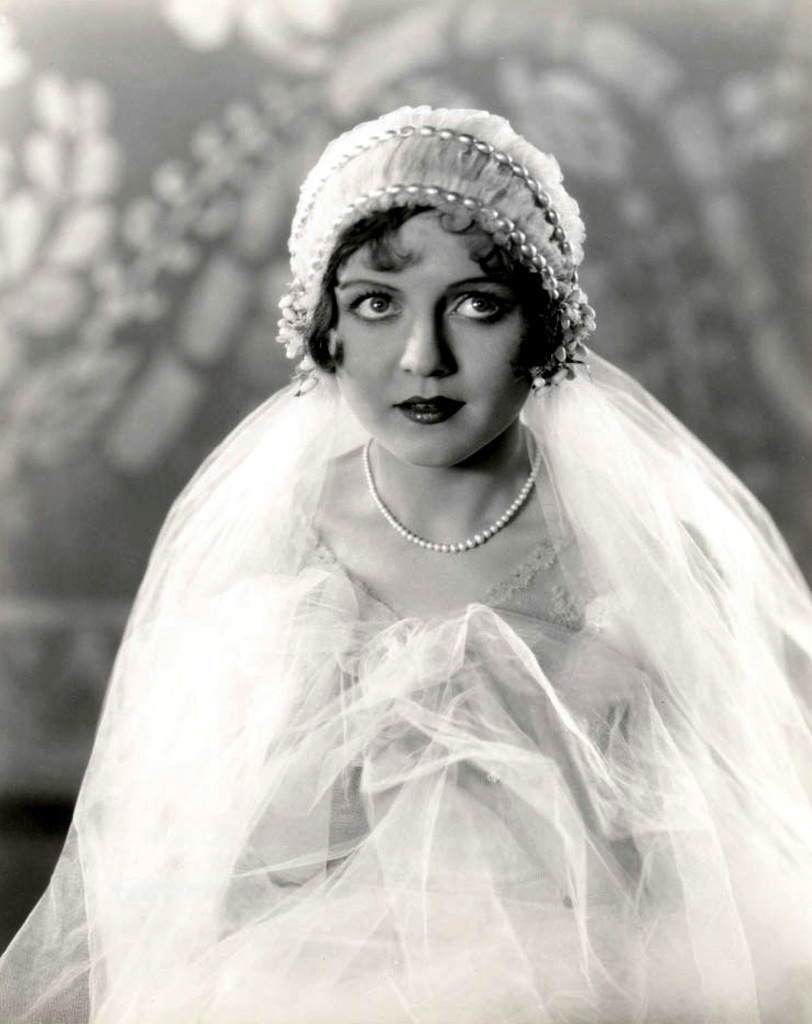 Famous 1920s Wedding Hairstyles Photo - The Wedding Ideas ...
